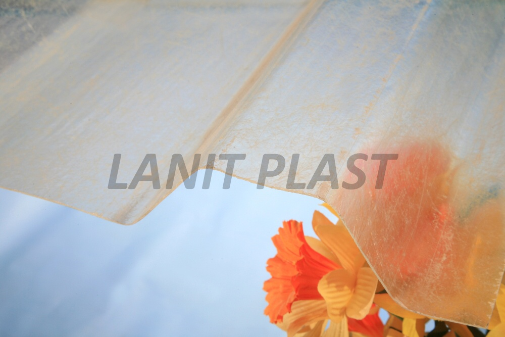 Trapézový sklolaminát PROFI TR 115/17 síla 0,94 mm čirý LPT20 1,090x4,5m