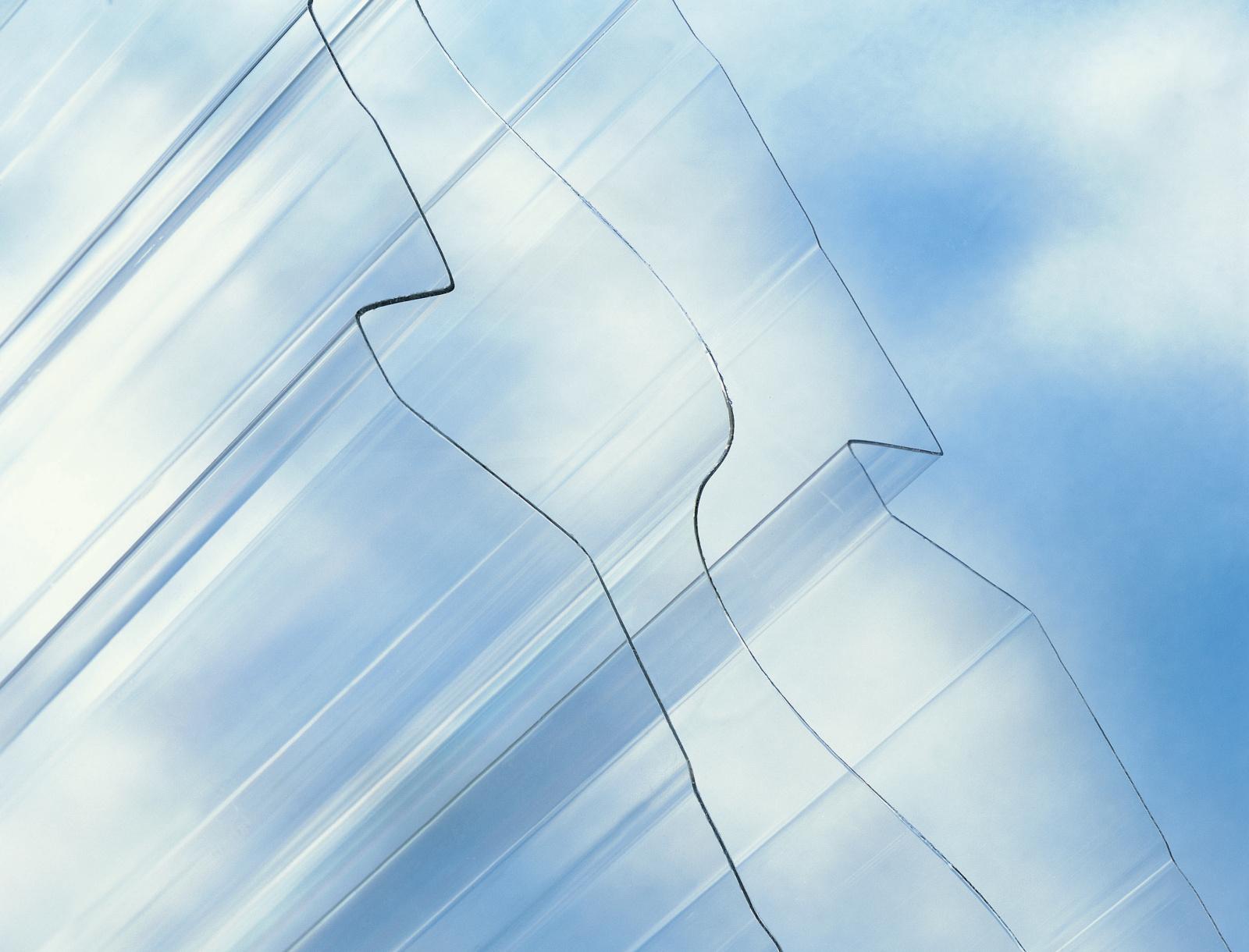 Trapézový polykarbonát Suntuf CS TR 333/39 síla 1,1 mm čirý TR39 SK 1,043x4m